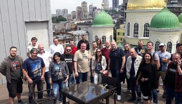 Як я їздив на бюджетні гроші фестивалити з блогерами до Дніпра