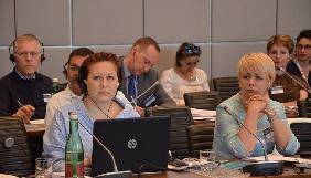 У Криму незалежним журналістам небезпечно працювати, а люди живуть у світі пропаганди та маніпуляцій – журналістка Олена Юрченко