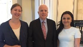 Джон Маккейн дізнався про порушення прав кримських журналістів