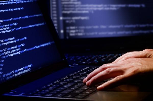 Поліція розпочала кримінальне провадження за фактом масованого втручання в комп'ютерні мережі