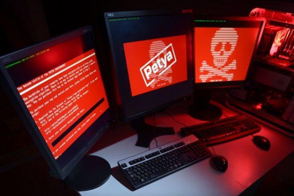 Останню кібератаку проти України організувала Росія – Порошенко