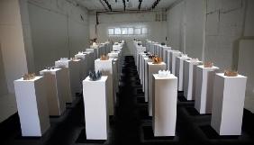 Дівчина намагалася зробити селфі в галереї й пошкодила експонати на $200 тисяч
