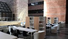 У холі будівлі «UA: Першого» облаштували коворкінг для презентацій нових проектів суспільного