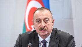 Президент Азербайджану вручив журналістам ключі від понад дві сотні квартир