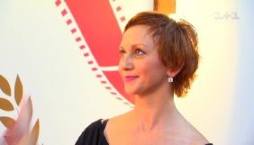 Римма Зюбіна на кінофестивалі в Одесі вдягла сукню із закликом звільнити Олега Сенцова (ФОТО)