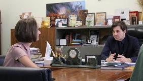 Нова директорка Українського інституту книги підписала контракт із міністром культури Євгеном Нищуком