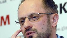Екс-посол розповів, чому Білорусь не пускає до себе українські телеканали