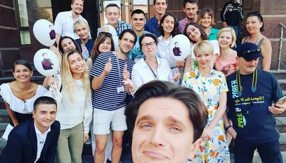 Анатолій Анатоліч записав зворушливе відеозвернення для команди «Сніданку з 1+1», яку покинув