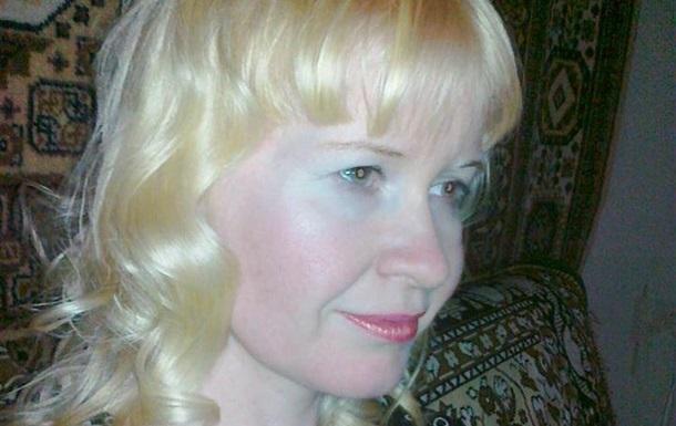 Звільнену з полону бойовиків луганську блогерку обстежать київські лікарі
