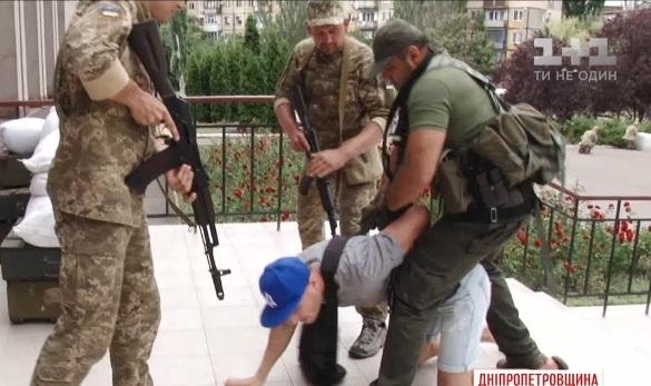 Міноборони готове транспортувати пораненого оператора Волка до Києва та надати своїх лікарів