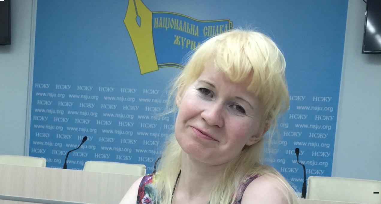 «На допити водили з мішком на голові» - блогер Людмила Сурженко розповіла про полон у терористів