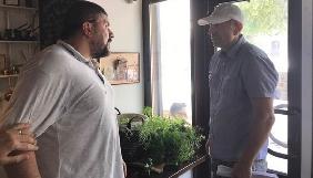 Журналіст з Житомира заявляє про напад, який начебто підтримувала колишня журналістка-депутатка облради