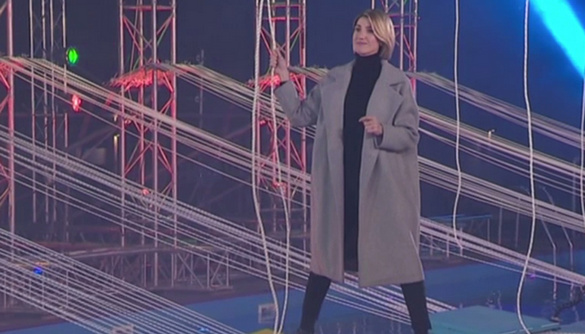 Три метри над рівнем басейну на підборах: у новому сезоні «Зважених та щасливих» Аніта Луценко випробовує на собі завдання проекту