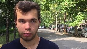 Активіст, який презентував українську газету в окупованому Криму, змушений був залишити півострів