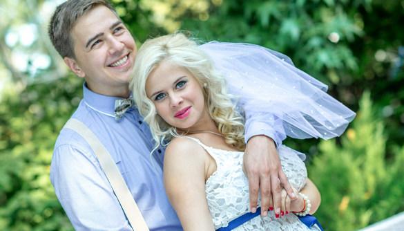 Учасники першого випуску проекту «Сюрприз, сюрприз!» одружилися