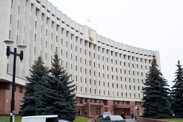 Депутати Івано-Франківської облради пропонують пускати на сесії зі ЗМІ лише тележурналістів та операторів