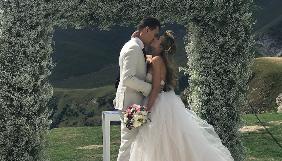 В мережі з'явилися світлини з весілля Олександра Скічка