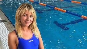 Леся Нікітюк в купальнику знялася для обкладинки російського глянцю