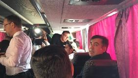 Как информационные телеканалы освещали прорыв Саакашвили в Украину. Онлайн-репортаж