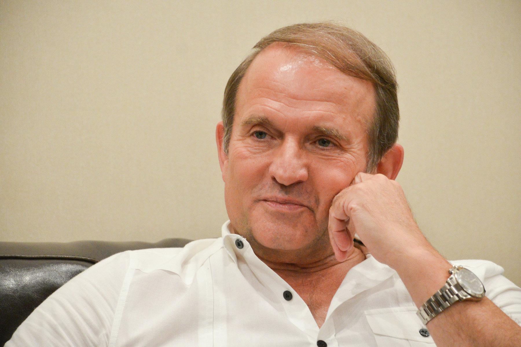 Медведчук подав до суду на Лещенка