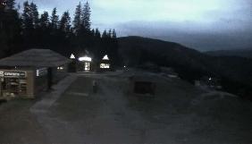 Масове запаморочення: інтернет-ЗМІ засипали Карпати торішнім снігом