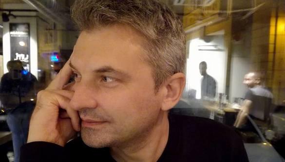 Скрипін влаштував скандал через відмову стюардеси спілкуватися українською
