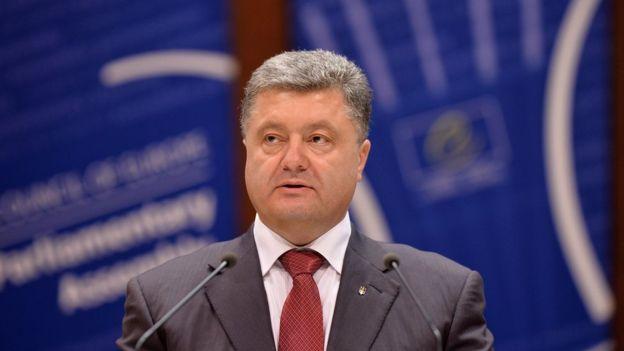Порошенко у Стразбурзі згадав політв'язнів Сенцова, Сущенка, Кольченка та Козловського