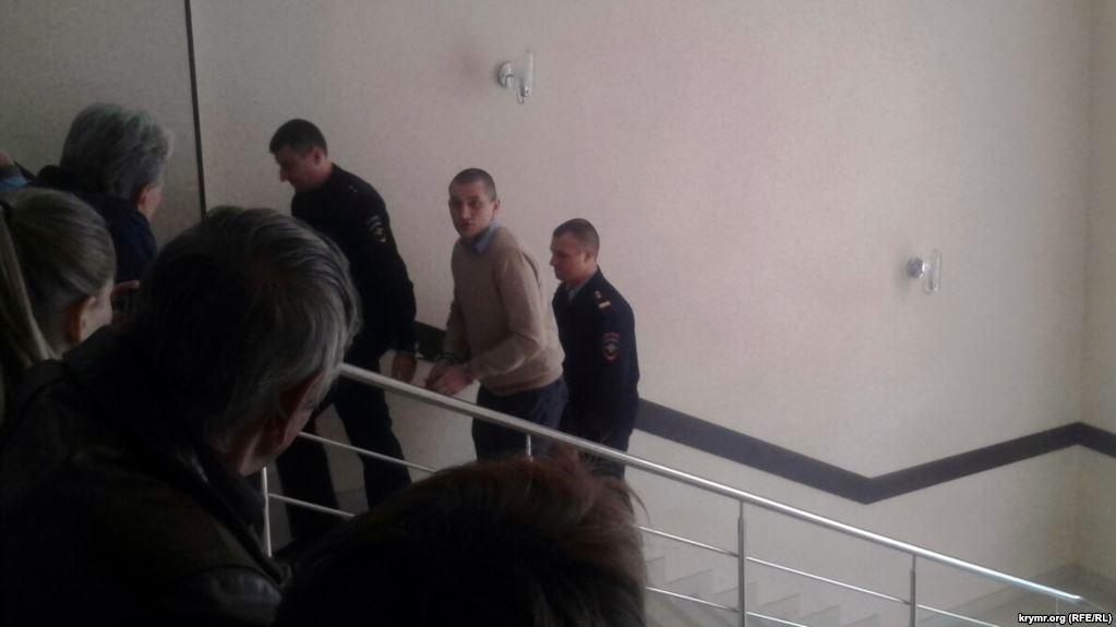 У Криму суд відмовив у клопотаннях журналісту Назімову та депутату Степанченку