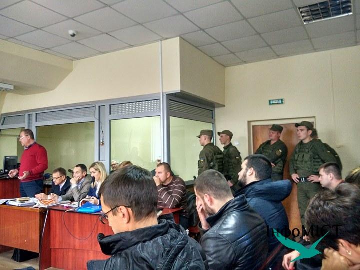Дружина вбитого журналіста Сергієнка хоче від підозрюваних 4 млн грн.