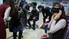 «Громадське» вперше в Україні показало серію документальних фільмів «Рани 360°», знятих у технології віртуальної реальності