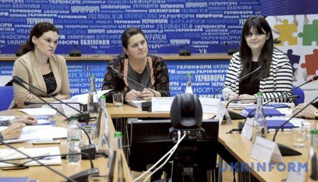 Експерти представили онлайн-курс «Від комунальних до незалежних медіа: покрокова інструкція для редакторів»