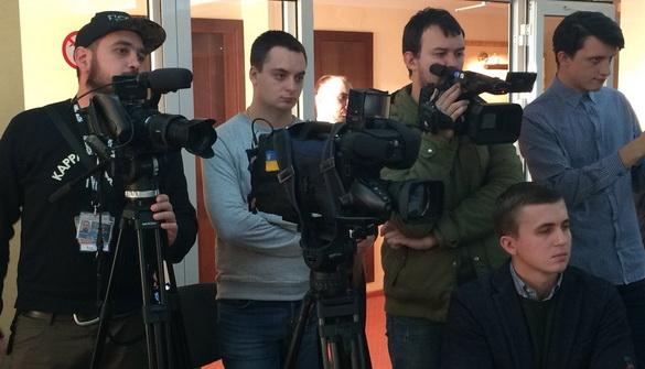 Комітет свободи слова хоче, щоб справу про напад на знімальну групу «Схем» охоронців Медведчука розслідували максимально швидко