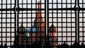 Німецькі представники PEN-клуб прийшли до посольства Росії в Берліні, вимагаючи звільнити Сенцова і Сущенка