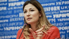 Еміне Джапарова заявляє, що обмеження незалежних ЗМІ в Росії і анексованому Криму ставить під загрозу роботу журналістів