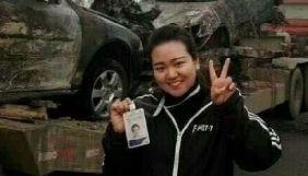 Китайську журналістку звільнили з роботи за фото на місці смертельної ДТП