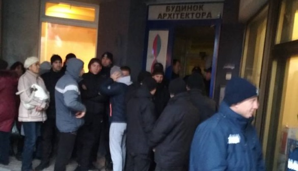 У Черкасах журналіста «Прочерку» Назарія Вівчарика поліція не пустила на захід