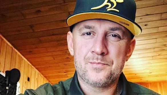 Тренер «Голосу країни» налякав прихильників фото з лікарні