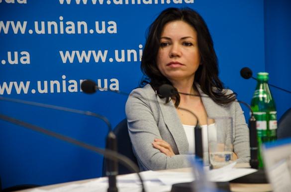 Сюмар запропонувала зміни до законодавства про порядок висвітлення діяльності органів влади