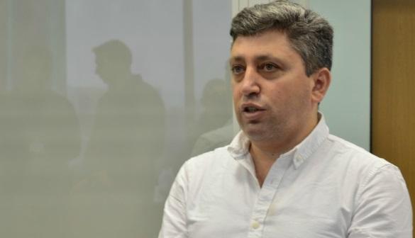 Апеляцію прокуратури на звільнення журналіста Гусейнлі суд розгляне у наступному році