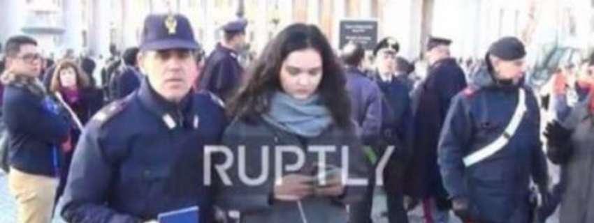 Українську журналістку затримано у Ватикані