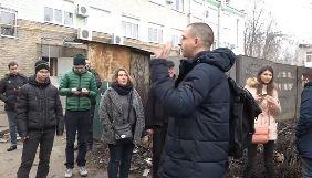 У Запоріжжі для журналістів й активістів провели екскурсію «місцями корупційної слави» (ВІДЕО)