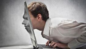 Информационный поединок, или Как человек в галстуке побеждает человека в тапочках