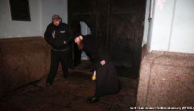 У Києві фотокореспонденту «Радіо Свобода» заважали знімати дії священика під час акції #принесиляльку