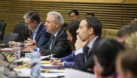 Єврокомісія закликала соцмережі видаляти небезпечний контент за 2 години