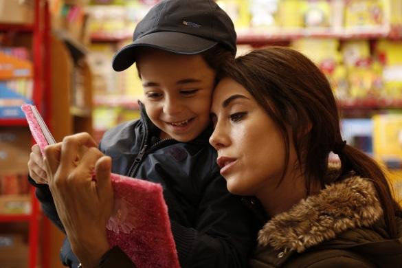 «1+1» покаже нову турецьку мелодраму з Джансу Дере у головній ролі