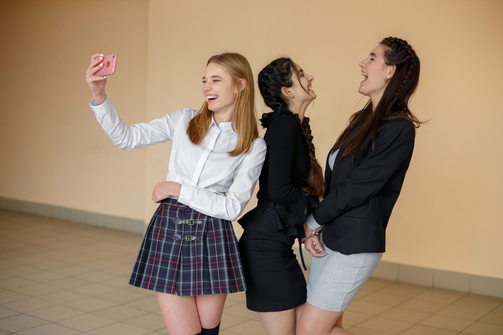 Канал «1+1» назвав дату прем'єри серіалу власного виробництва про школу