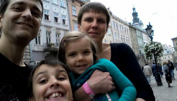 Сім'я померлого журналіста Дмитра Гомона потребує допомоги