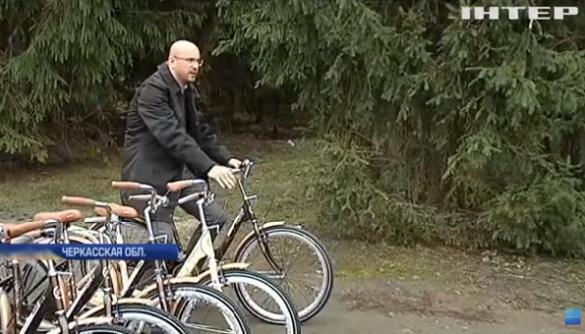 Прохідний бар'єр новин: Сергій Рудик зміг потрапити на «Інтер» за допомогою 18 велосипедів