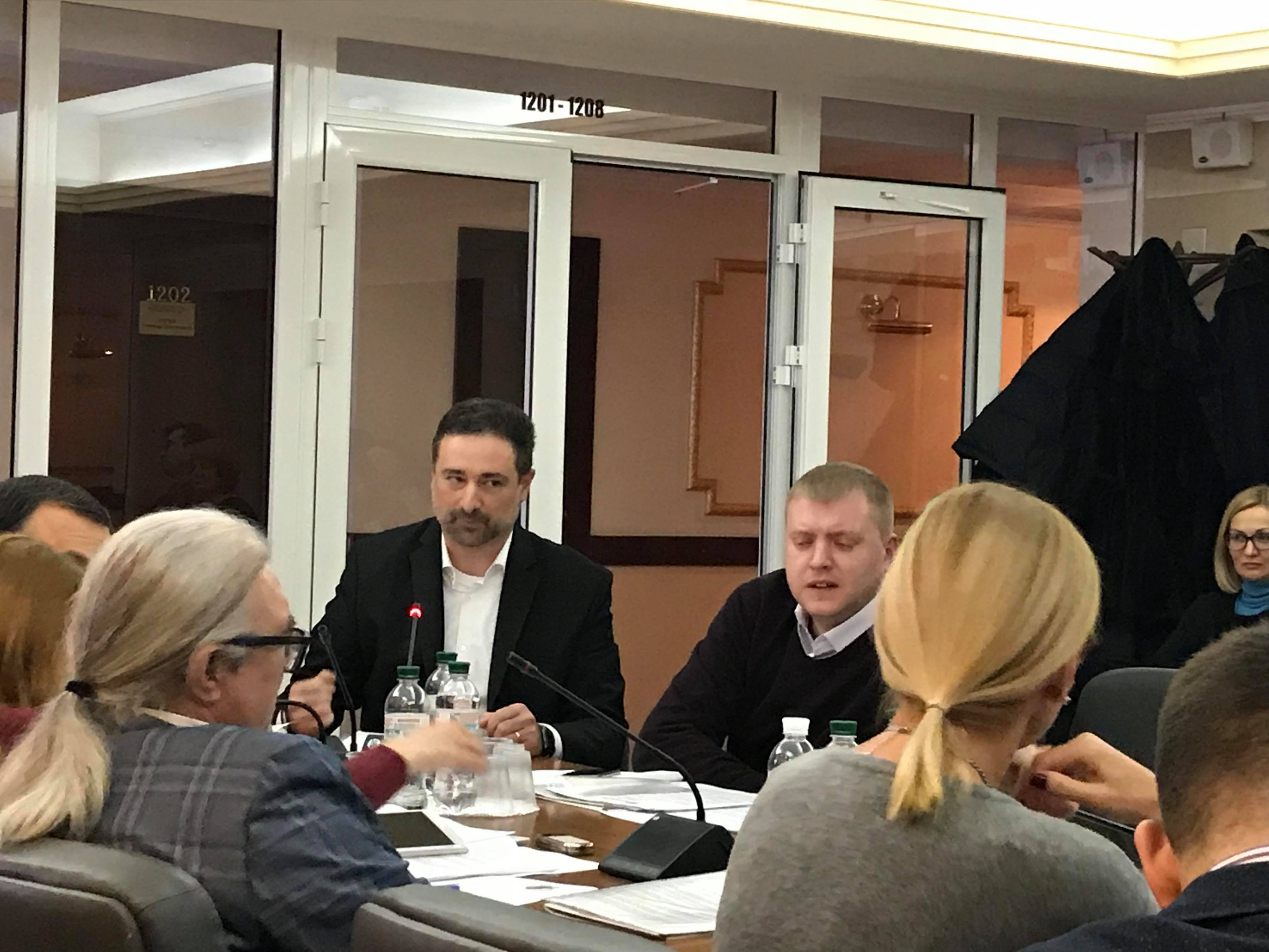 Сюмар закликала керівників «Укрпошти» та газети «Експрес» до компромісу