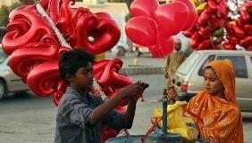 У Пакистані мовників застерегли від пропаганди Дня Валентина